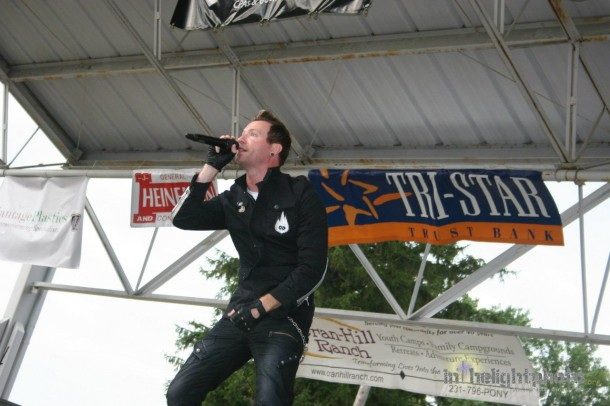 photo-rap-metal-Thousand-Foot-Krutch-metal-band-foto