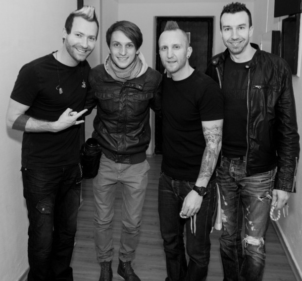 photo-concert-thousand-foot-krutch-in-kiev-ukraina-2012