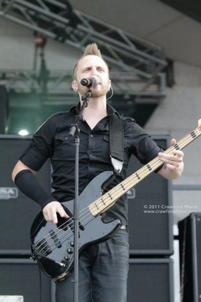 photo-thousand-foot-krutch-ichthus-rock-festival-2011