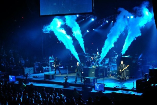photo-tfk-the-rock-and-worship-roadshow-2011