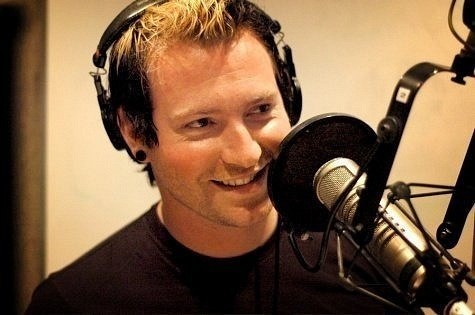 photo-Trevor-McNevan-author-Thousand-Foot-Krutch-courtesy-call