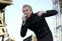 photo-Thousand-Foot-Krutch-TFK-be-somebody
