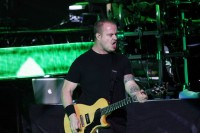 Andrew-Welch-guitar-thousand-foot-krutch