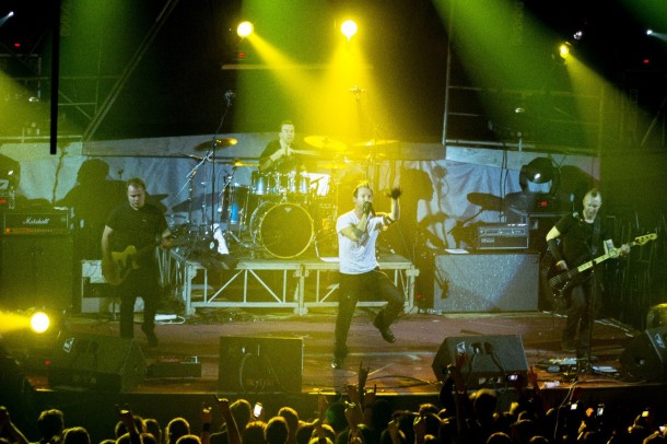 photo-live-show-thousand-foot-krutch-v-kieve-8-12-2012